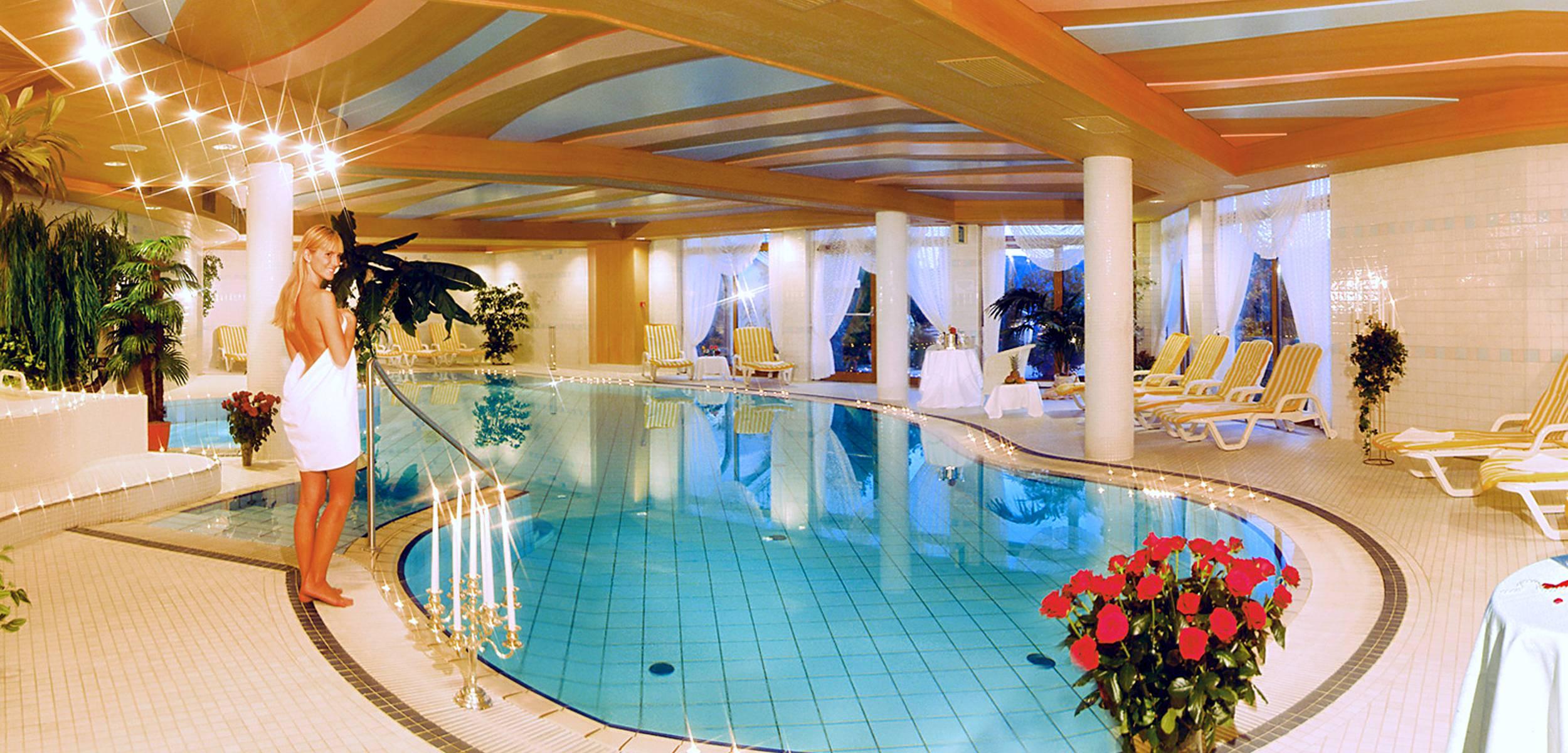 hotels in meran und umgebung mit pool hotel rimmele. Black Bedroom Furniture Sets. Home Design Ideas